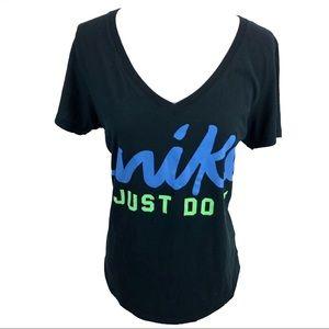 👏3 for $20👏 Nike v-neck T-shirt